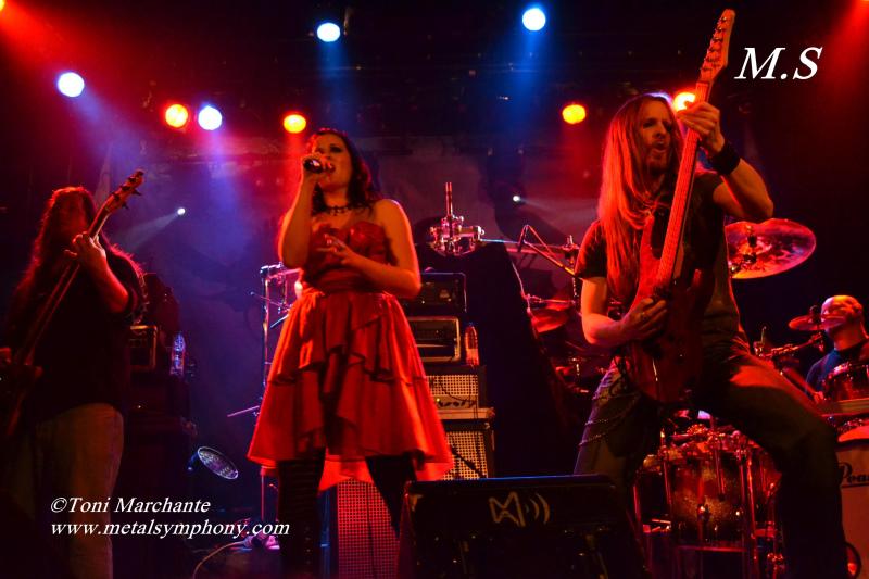 DSC 0335 Kamelot + Xandria + Triosphere + Blackguard   11 de Noviembre12   Sala Caracol (Madrid)