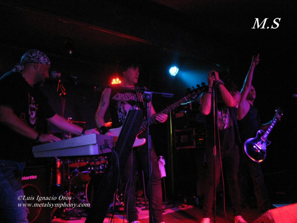 Bella Bestia + Ariday + Miss Diciembre – 27 de septiembre'13 - Sala Explosivo (Zaragoza)