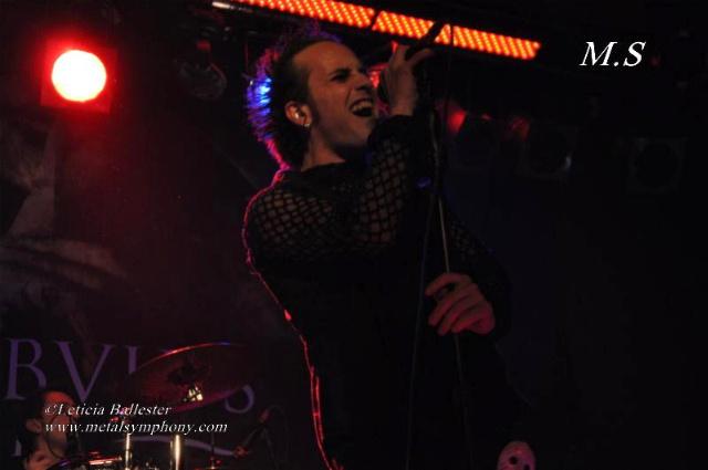 DSC 0238 Leaves Eyes + Atrocity + Diabulus in Musica + Embellish  2 de Marzo12  Sala Mephisto(Barcelona)