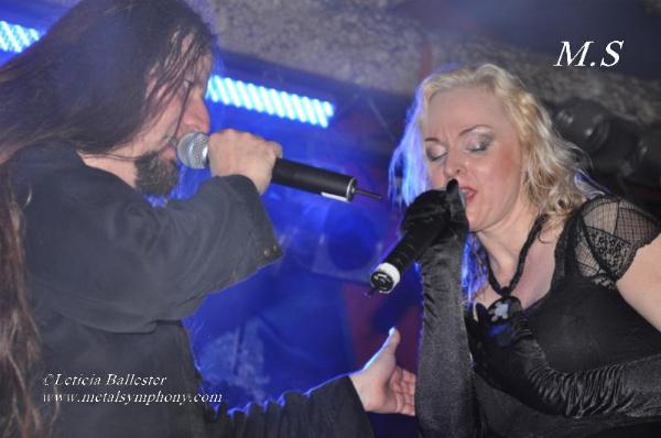 DSC 0250 Leaves Eyes + Atrocity + Diabulus in Musica + Embellish  2 de Marzo12  Sala Mephisto(Barcelona)