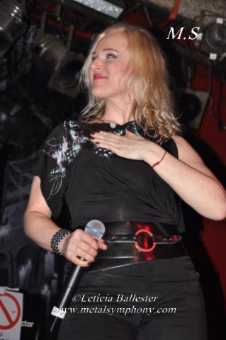 DSC 0831 Leaves Eyes + Atrocity + Diabulus in Musica + Embellish  2 de Marzo12  Sala Mephisto(Barcelona)