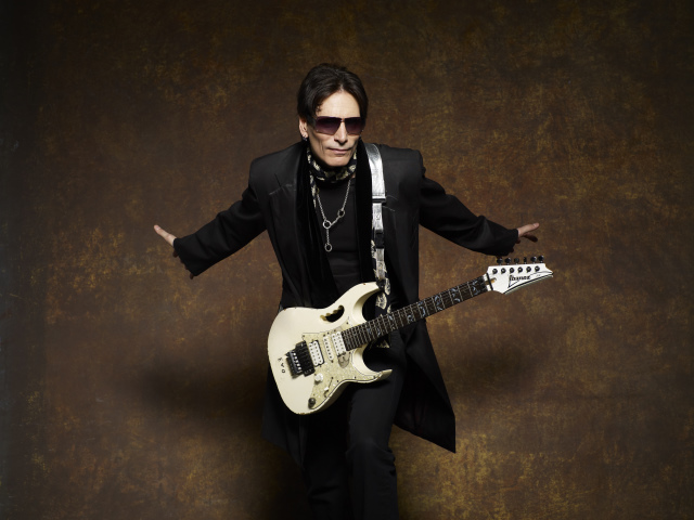 Steve_Vai_BlackJacket_141RS