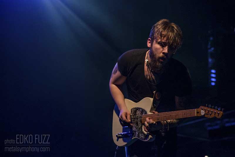 Europe + Dirty Thrills - 5 de Diciembre'15 - Sala Razzmatazz (Barcelona)