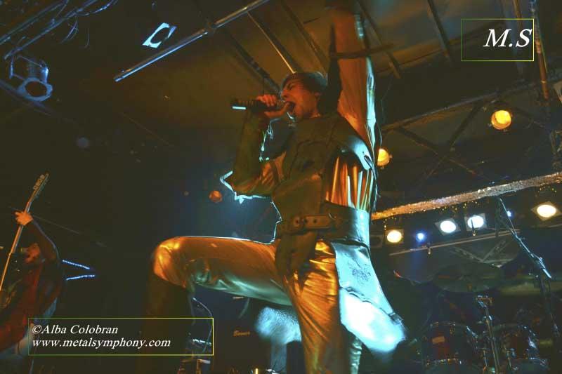 Stratovarius + Gloryhammer + Divine Ascension - 28 de Octubre'15 - Sala Razzmataz 2 (Barcelona)