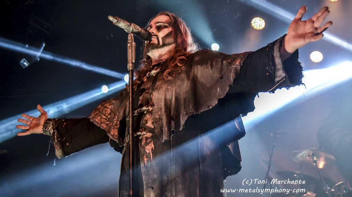 Bendecidos Y Poseidos Por El Heavy Metal !!!!