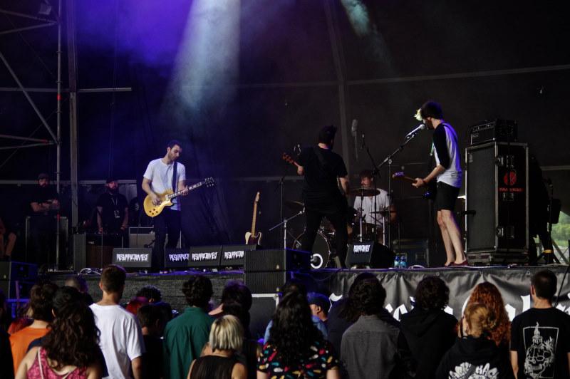 Resurrection Fest'16: Primer día de supervivencia: Crisix enamoran, Bring Me The Horizon sorprenden y Volbeat cumplen sin más