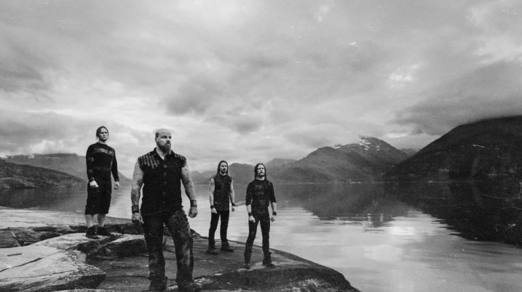 "Los guerreros del Winter Metal finlandés WOLFHEART han lanzado un vídeo de su nuevo single ""The Flood"""