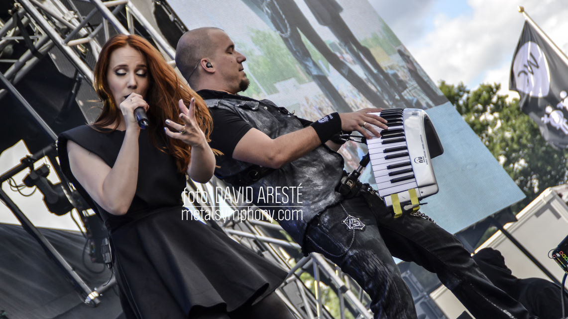 Epica: Edge of the blade – The Holographic Principle