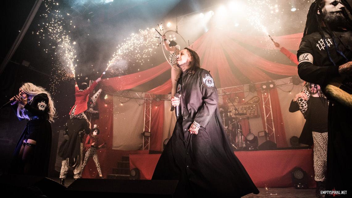 Lacuna Coil cumplen 20 años con su show más ambicioso en Londres