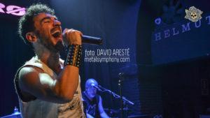 Momo y sus clásicos de Queen revolucionan Tarragona