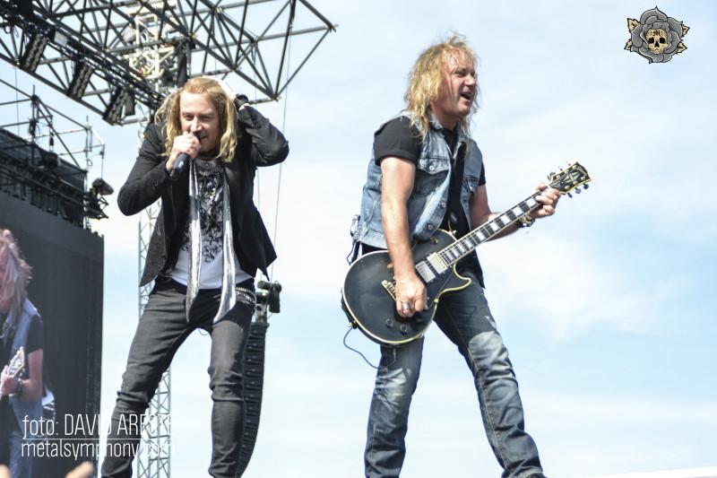 sweden_rock_ii_1727
