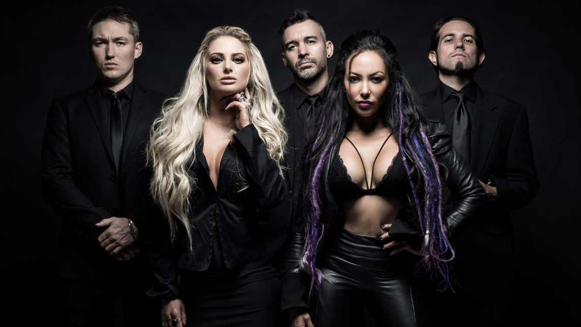 Butcher Babies: Lilith // Century Media Records
