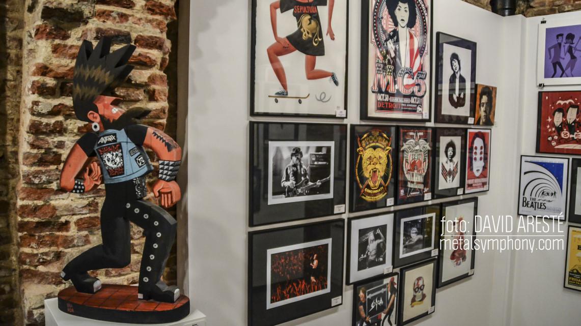 Últimos días para visitar «Locos por la música» en la Fiambrera Art Gallery