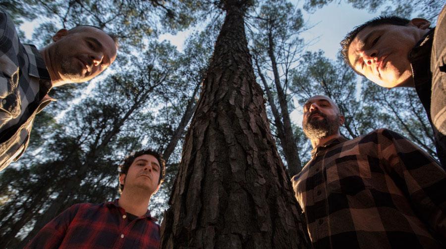 """Estrenamos """"Zykas Revoluta"""" nuevo single de Firewood"""