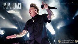 Papa Roach, Sencillez y honestidad sobre un escenario