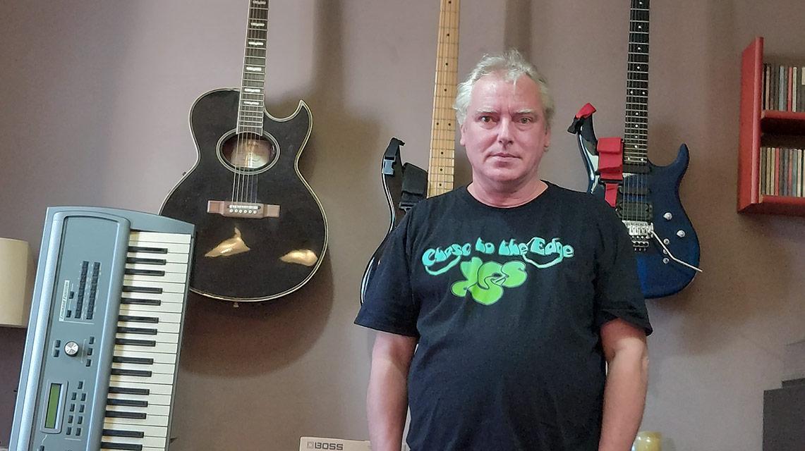 Entrevista a Gerard Bassols sobre «Instrumentos Musicales del Rock Progresivo…»