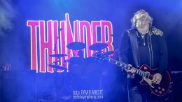 Thunder presentan de forma impecable su All the Right Noises