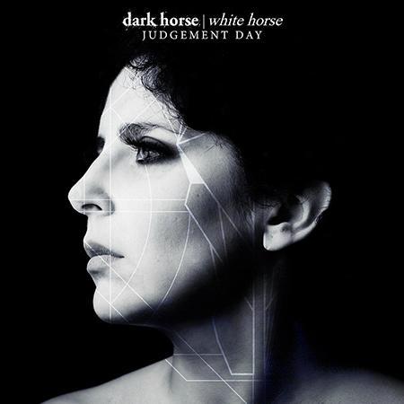 Entrevista a Marcela Bovio sobre Dark Horse White Horse